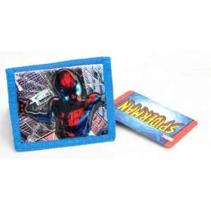 Marvel Comics Spiderman Trifold Velcro Wallet with Metal Ring and One