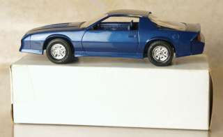 VINTAGE IROC 1987 Z28 CAMARO MUSCLE CAR DEALERSHIP PROMO MODEL KIT CAR