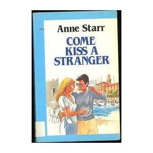 Stranger (Curley Large Print Books) (9780792709442): Anne Starr: Books