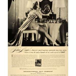 1940 Ad International Salt Dressing Table Vanity Woman