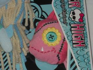 NIB Mattel MONSTER HIGH Laguna Plush Friends Doll LAGOONA BLUE w