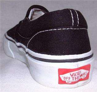 VansOff The Wall Blk&Wht Slip On Kids Shoe Size. 11.5