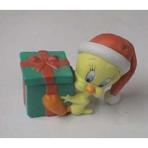 Vintage Looney Tunes Tweety Bird Ceramic Christmas Trinket