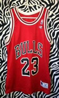 CHAMPION MICHAEL JORDAN #23 RED CHICAGO BULLS JERSEY MENS ADULT 40