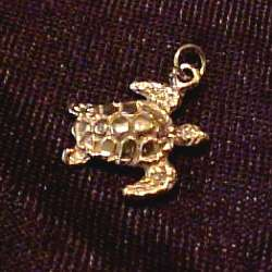 14Kt Gold Green Sea Turtle Pendant/Charm   GREAT   NEW