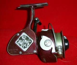 Shakespeare Spinning Reel 2062 DA Vintage Fishing D A