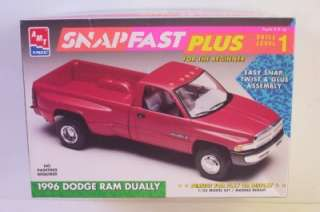1996 Dodge DUALLY PICKUP Truck AMT 125 Model Kit OPENED Ram 8237