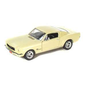 1965 Ford Mustang Fastback 1/24 Antique White Toys