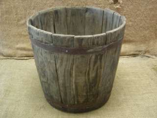 Vintage 1800s Wood & Metal Mop Bucket > Barrel Antique