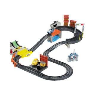 Fisher Price GeoTrax Disney Pixar Cars 2   Porto Corsa Race RC Set