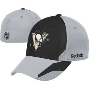 Youth Black 2010 2011 Official Team Practice Flex Hat Sports