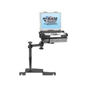 RAM Mount for Ford Freestyle (2005 Newer), Five Hundred (2005 2007