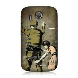 Ecell   BANKSY GIRL SEARCHING A SOLDIER GRAFFITI BACK CASE