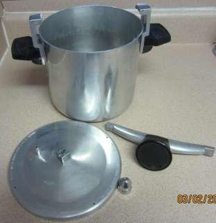 Vintage WEAREVER 6 qt Low Pressure Cooker Fryer Chicken Bucket